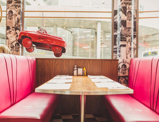 Manchester Arena restaurants - Infamous Diner
