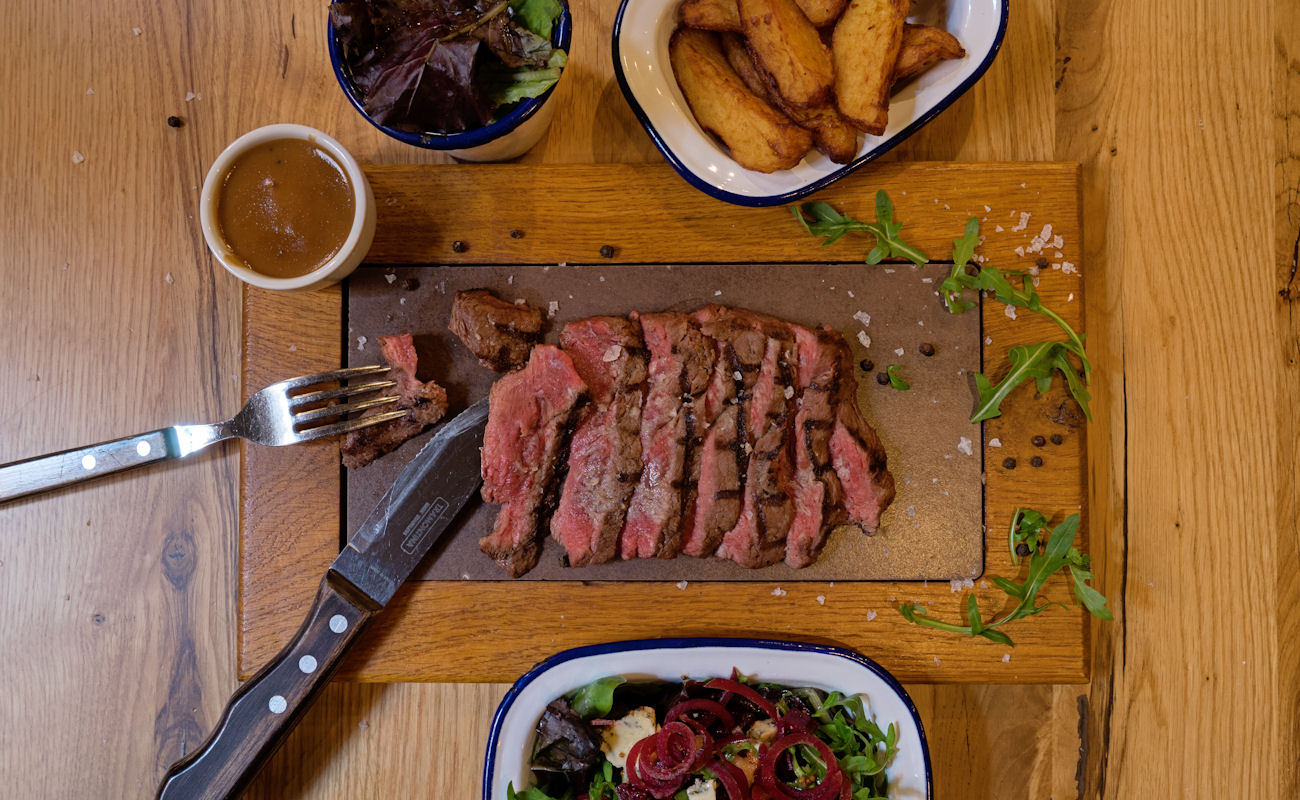 Manchester Restaurants ~ Featherblade Manchester