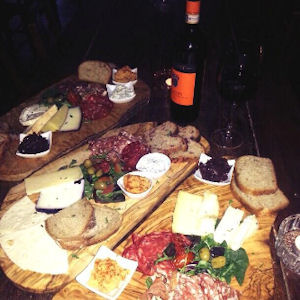 Wood Deli & Wine Bar