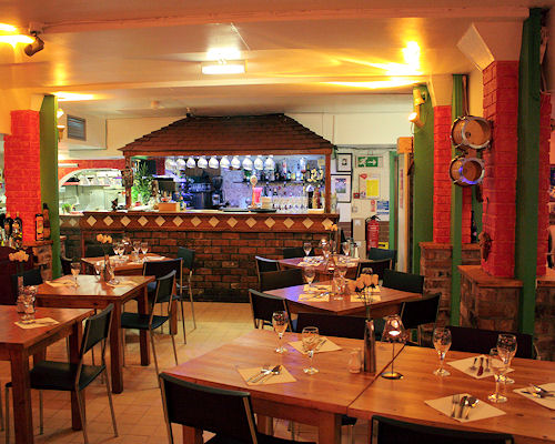 Leonis Restaurante Latino Manchester