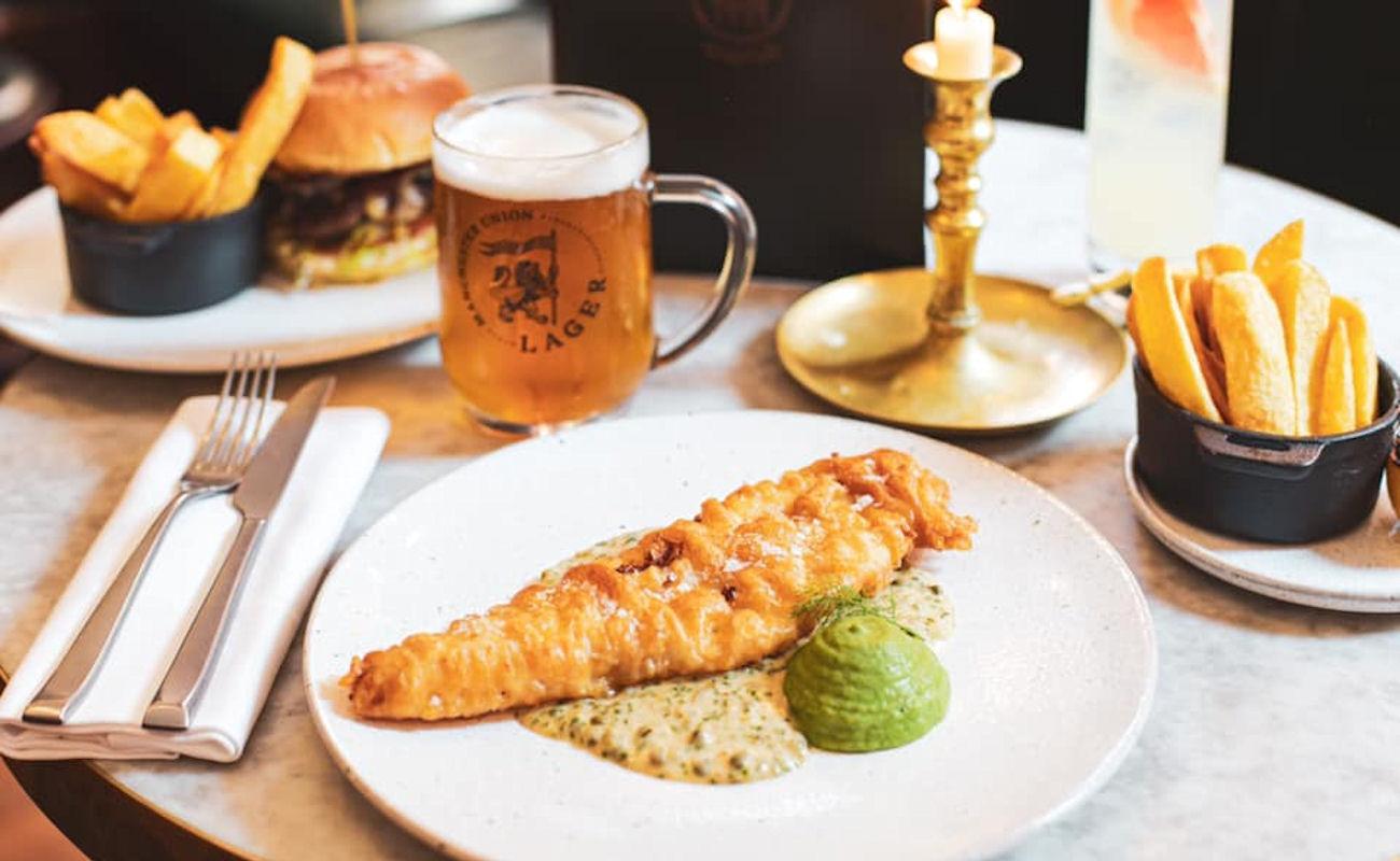 Manchester restaurants - Edinburgh Castle Ancoats