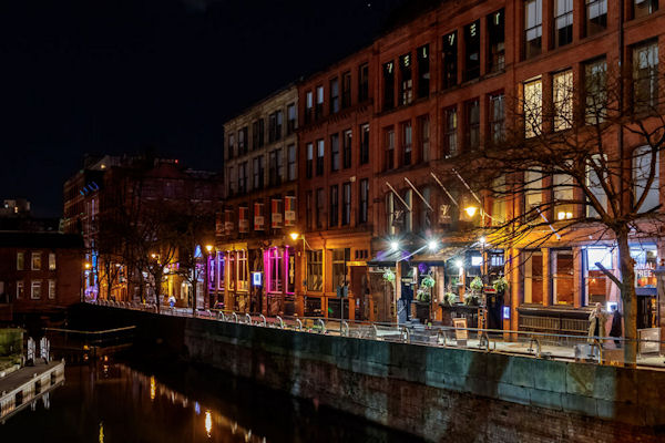 Christmas 2019 Offers Restaurants in Manchester - Mr. White's English Chophouse