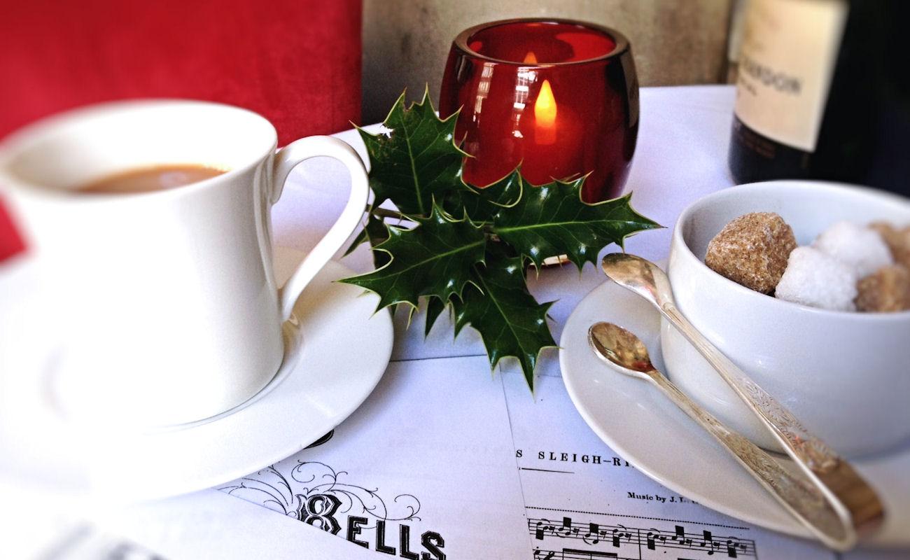 Manchester Bar News ~ Christmas Carols at Opus One