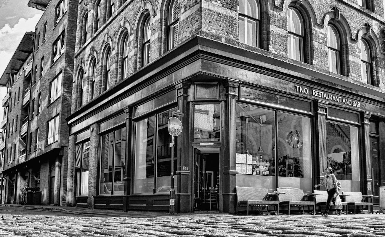 TNQ Restaurant & Bar