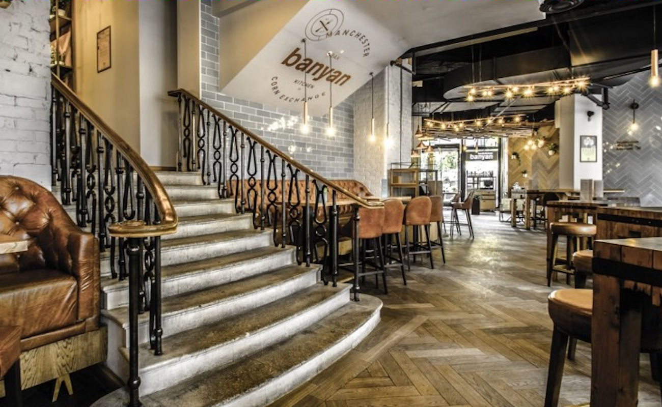Banyan bar kitchen corn exchange restaurant manchester for Design hotels arena