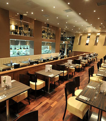 Restaurants near the Apollo Theatre Manchester ~ Zouk Manchester