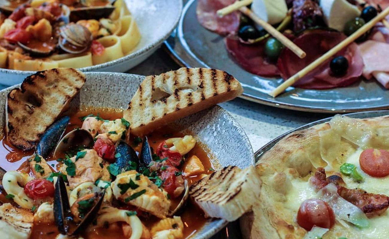 River Restaurant & Bar ~ Cibo